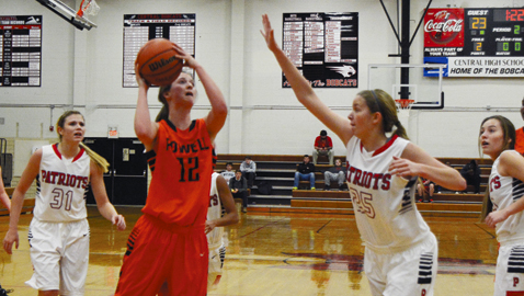 Powell overcomes slow start to down Lady Pats