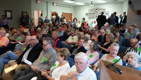 Photo by Mike Steely. An overflow crowd of Farragut citizens packed the town's planning commission meeting Thursday evening in opposition to an apartment complex proposed for Smith Road.