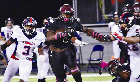 'Mobbatron' leads way for Fulton on Senior Night, 44-3