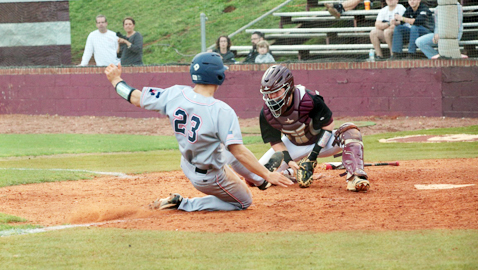 Bearden outlasts Admirals in extra innings 8-7