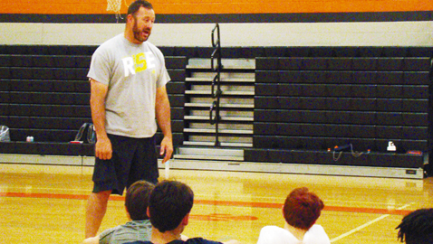 Galyon uses sports to spread faith, fun at area camp
