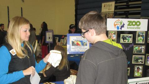Karns Middle School hosts Career Fair
