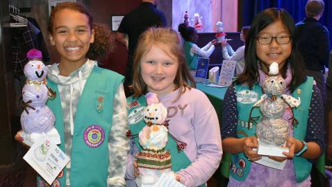 Girl Scouts Snowman Project Benefits ETCH Patients